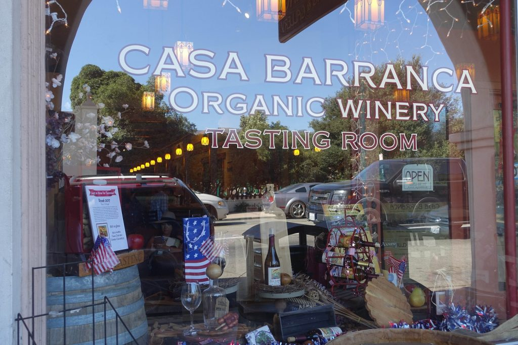 Casa Barranca Organic Winery
