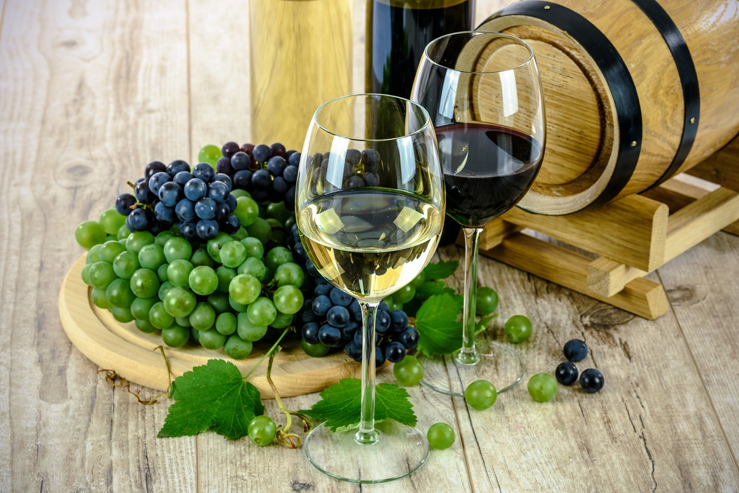 English wine and grapes