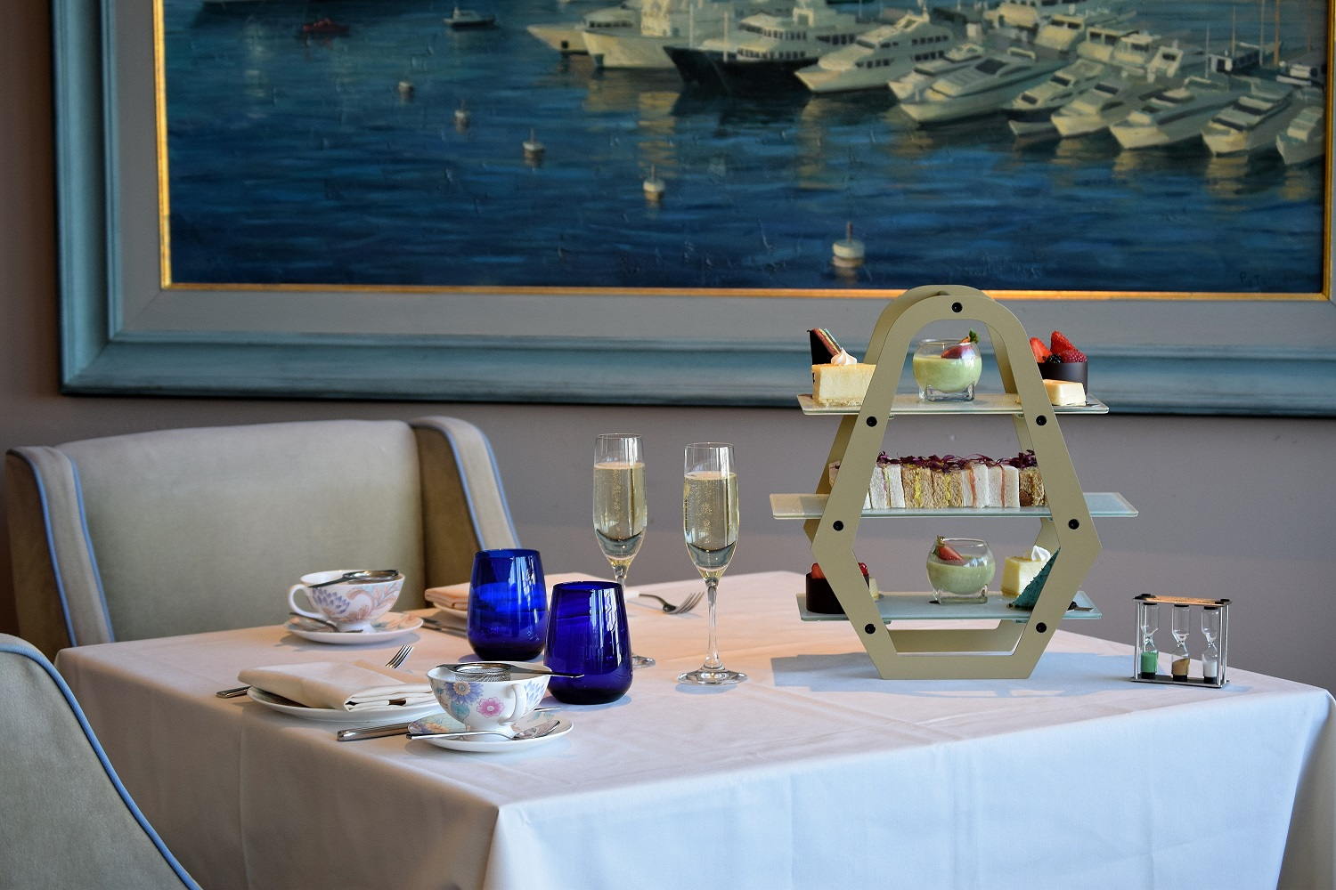 Chelsea Harbour Hotel Afternoon Tea