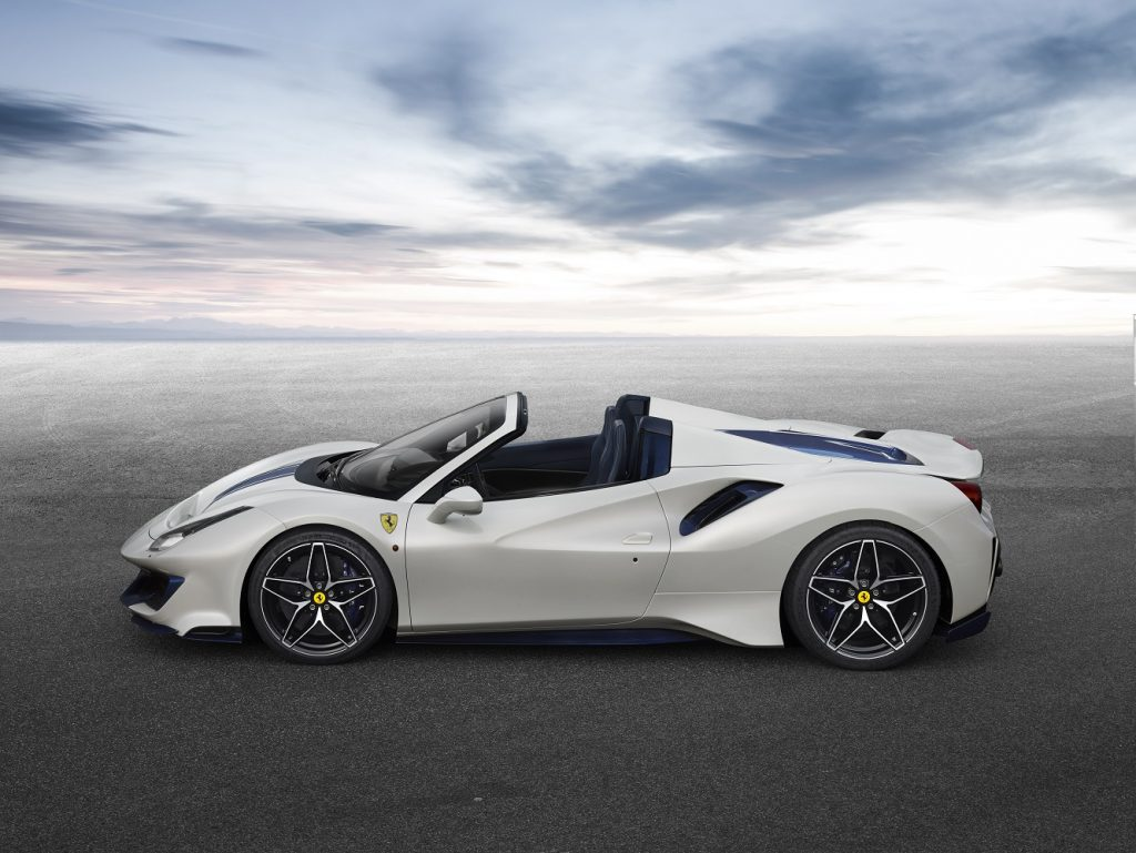 Ferrari 488 Pista Spider side view