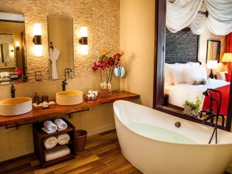 H Resort Beau Vallon Beach Suite Bathroom