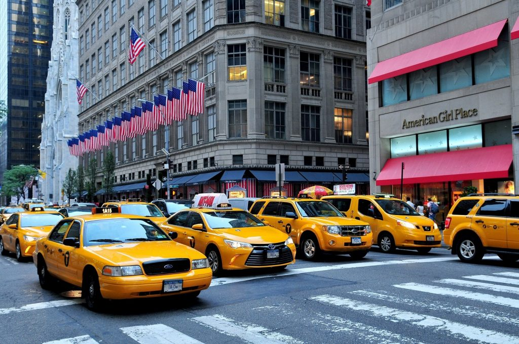 5th Avenue and NYC Taxis