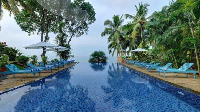 Somatheeram Ayurveda Village Infinity Swimming Pool