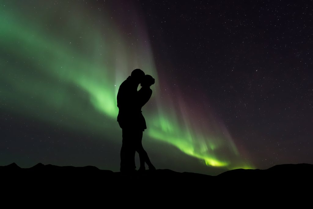 Perfect proposal under Northern Lights