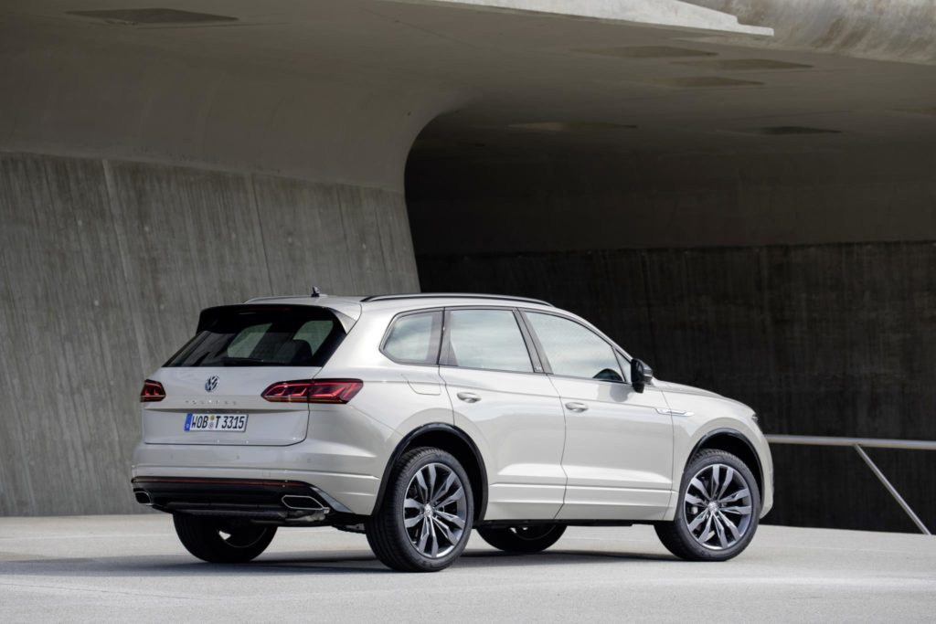 ONE Million Volkswagen Touareg side view