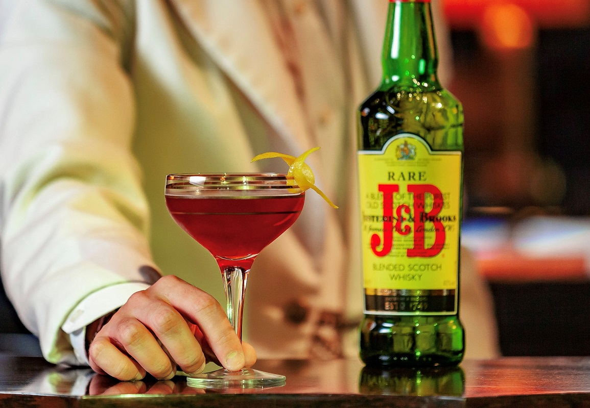 J&B Rare Cocktail